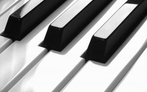 《ピアノ譜》鍵盤楽器の譜面作成に強い理由